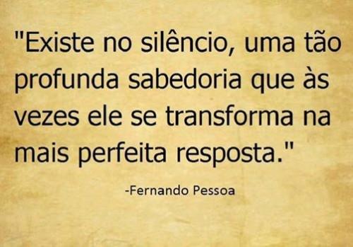 existe no silencio